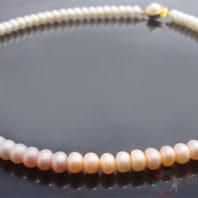 Daphne Bazaar Rainbow Pearls string
