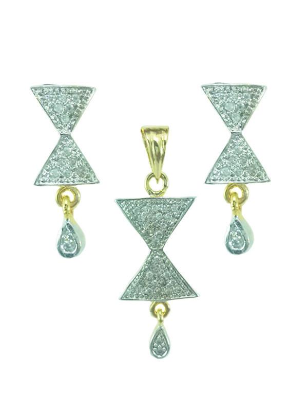 Daphne Bazaar Hour Glass Pendant