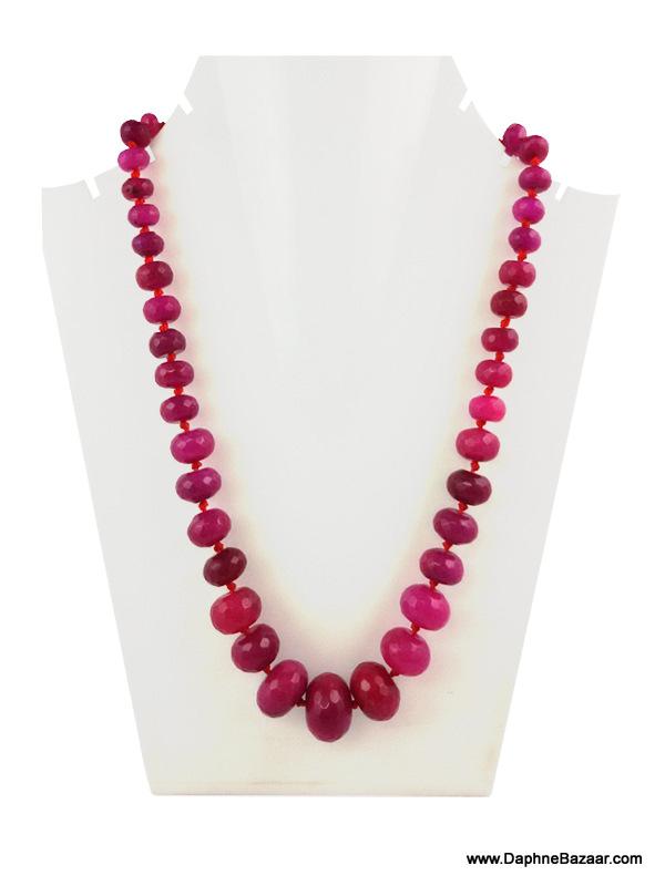 Daphne Bazaar Ruby Fandango Oval Onyx