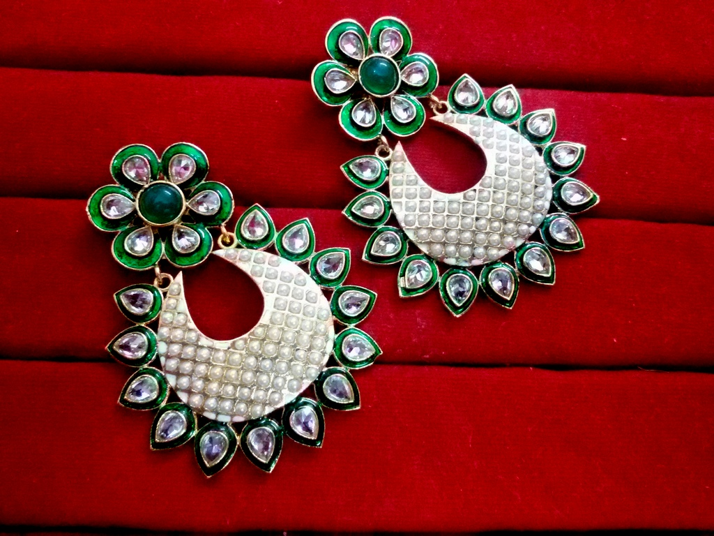 Daphne Green Mena Kundan Earrings with pearls