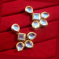 KC14, Classic Kundan Pearl Leaf Shaped Maang Tikka and Earring Set For Women-1